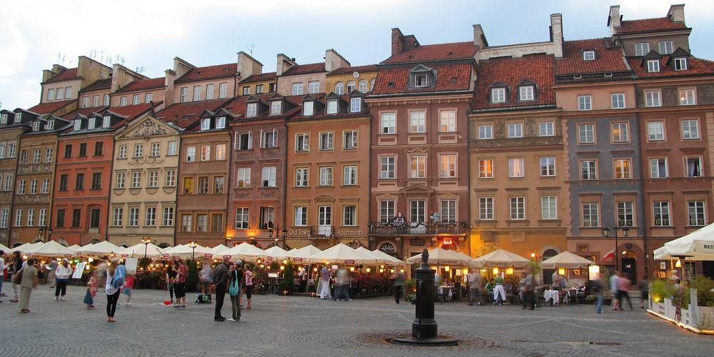 Centraal punt tijdens je citytrip Warschau: de oude markt oftewel de Rynek Starego Miasta